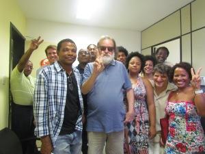 Na tarde de 10/06/13, grupo de apoiadores, capitaneados pelo decano André Setaro, oficializaram a inscrição da candidatura alternativa à ordem para dirigir a Facom/UFBA entre 2013 e 2017