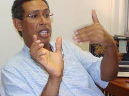 Wilson Gomes testemunhará ao lado da mulher a favor dos réus