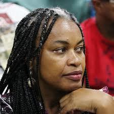 """Na disputa em 2006, o projeto lulo-petista deu uma rasteira em Olívia Santana, """"a negona"""", na disputa para senadora"""