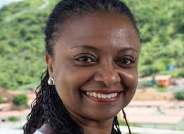 Tá rindo de que, ministra da promoção da igualdade racial do PT?