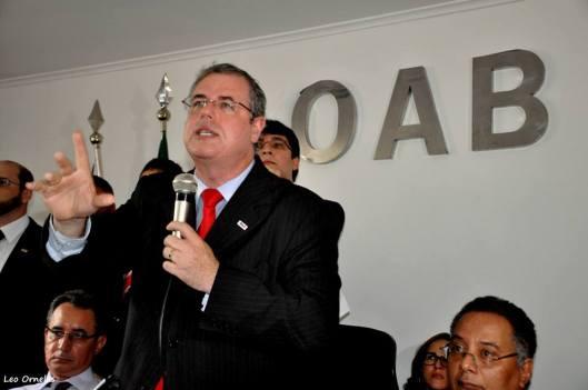"""O presidente da OAB anuncia, na audiência convocada pelo """"Reaja"""" e pela Anista Internacional, que o secretário de segurança de Rui quer que faça também uma audiência sobre policiais assassinados"""