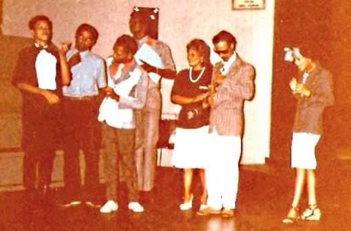 Do arquivo do ator Jorge Washington, o Grupo de Teatro do Calabar em ação no Teatro do Instituto Cultural Brasil-Alemanha em Salvador, nos anos 80