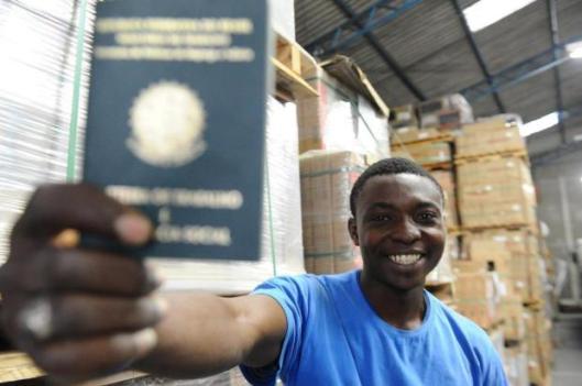 Ganeses começam a conquistar espaço no mercado de trabalho em Criciúma [clique para ler no jornal catarinense]