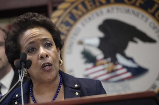 Loretta Lynch, procuradora-geral dos Estados Unidos, denunciou o esquema de falcatruas milionário da ex-intocável FIFA [clique para saber]