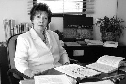 A demógrafa Elza Berquó, que constatou a solidão da mulher negra de meia-idade no Brasil