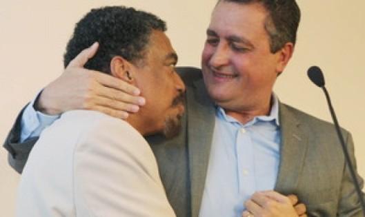 Jorge Portugal (esq.) e o governador que o escolheu: