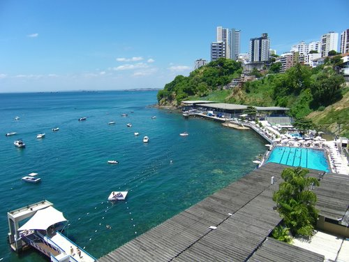 Aspecto da área do Yacht Club, tendo lá ao fundo o que restou da antiga Vila Brandão