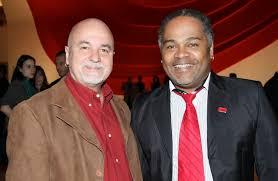 Marcelo Cerqueira (esq.) ao lado de seu ex-parceiro Luiz Mott, do importante Grupo Gay da Bahia