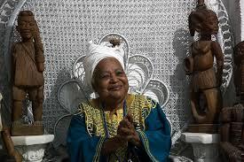 Mãe Beata, sacerdotisa baiana com terreiro na Baixada Fluminense (Rio), internacionalmente respeitada