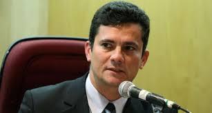 O juiz federal Sergio Moro, que está pondo de pontacabeça o consevador judiciário brasileiro