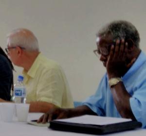 Professor Kabengele Munanga em debate sobre cotas na UFBA semana passada em Salvador, Bahia (foto: Paul Regnier)